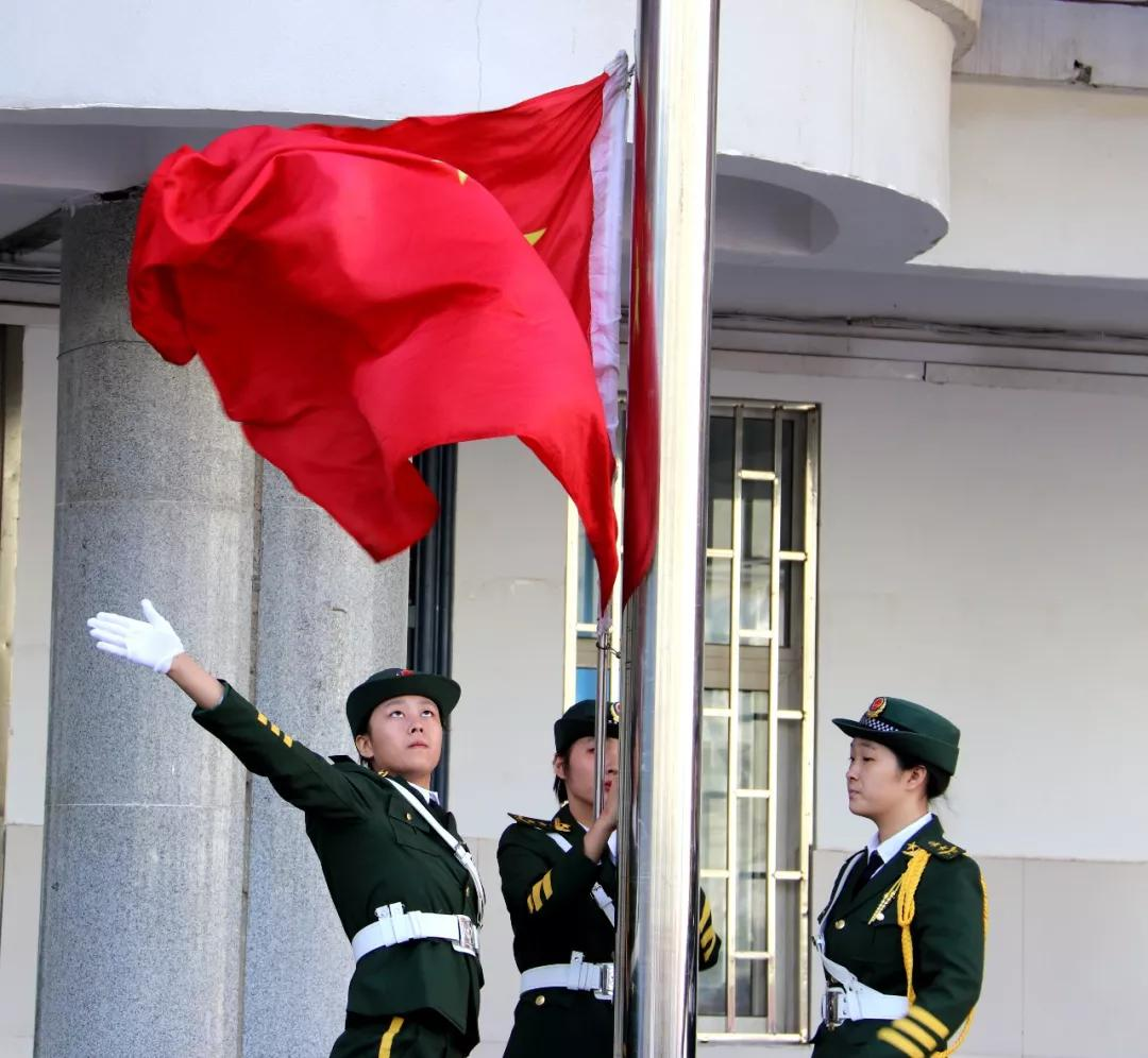 唱响中国梦,走进新时代——郑州二十九中举行迎国庆合唱